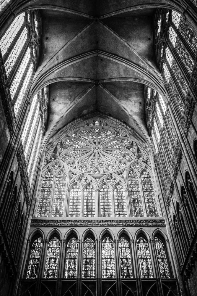 How to photograph cathedrals