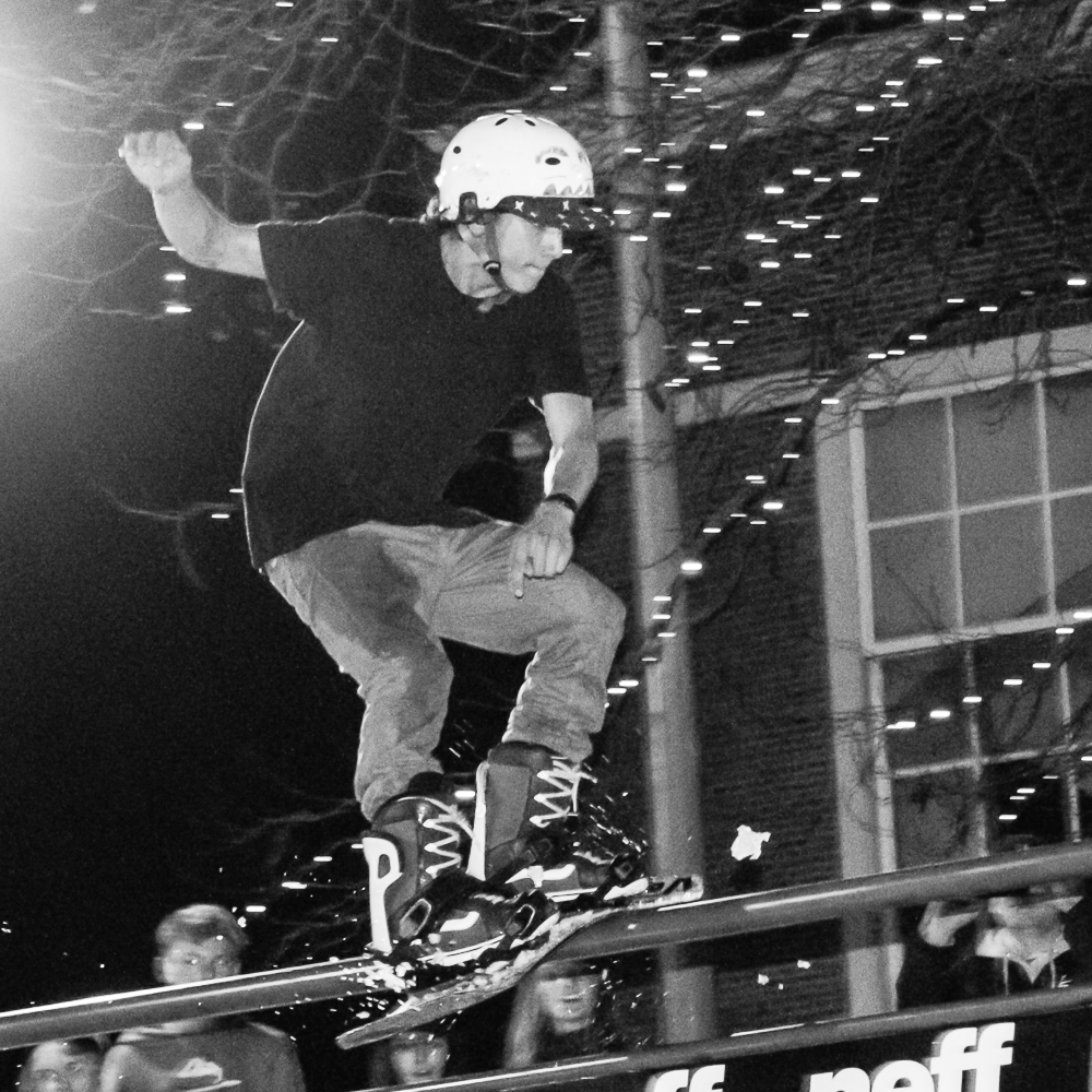 Sparrow Knox riding the rail hard