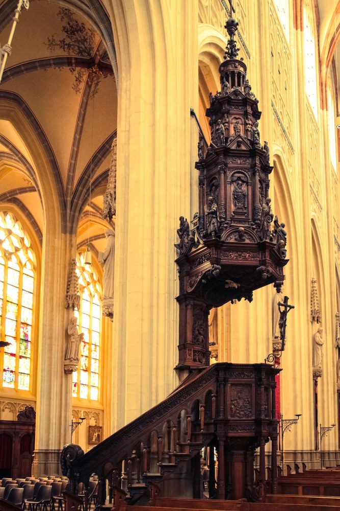 Photographing Cathedrals for beginners