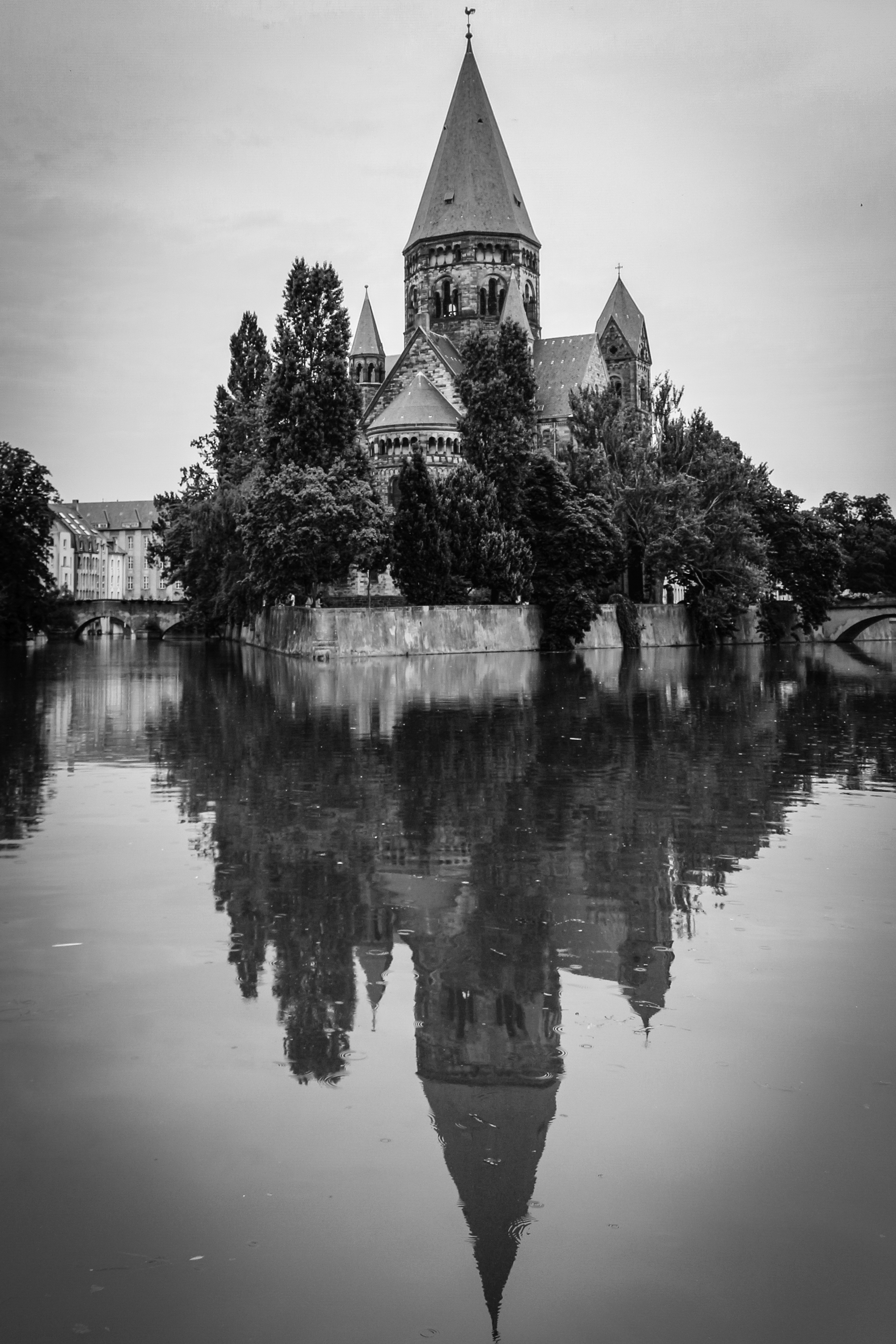 Photographing churches for beginners
