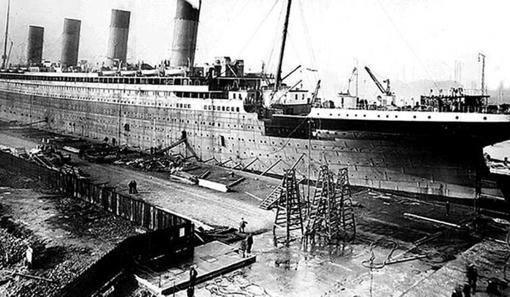 Outfitting of the Titanic at Thomson Graving dock