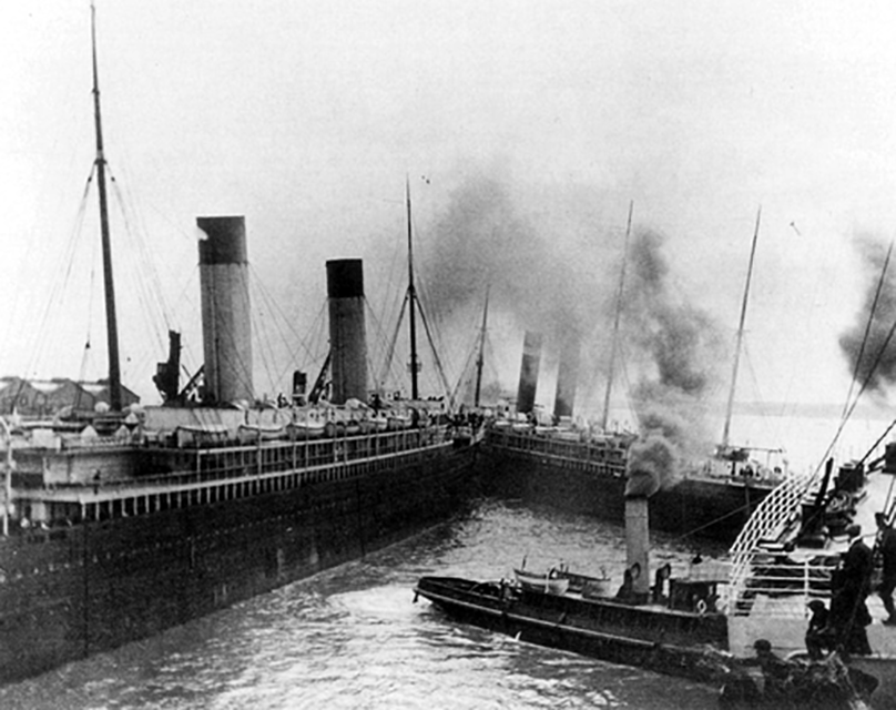 Close call between New York and Titanic